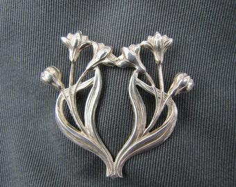 Vintage sterling silver Art Nouveau lilies brooch