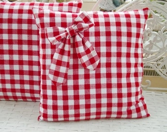 Pillow case in country house style checkered