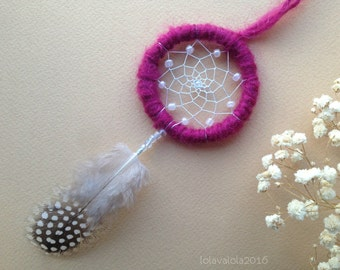 FREE SHIPPING Cute mini violet dreamcatcher with dotted feather