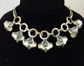 Silver Tone Lilly and Blue Rhinestone Link Necklace