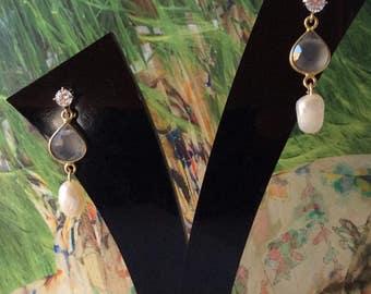 Fresh water pearl earrings/ Moonstone drop earrings/ Combination earrings/ Classic earrings/ Light grey earrings/ Gift for her