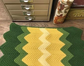 Vintage Pillowcase Knit Chrevron Green Tan