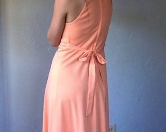 1970s Peach Deep V Plunging Maxi Goddess Dress Size Small