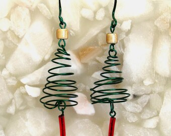 Wire Spiral Christmas Tree Earrings ~ Shepherd Hook Earrings ~ Christmas Tree with Star on Top - pierced earrings