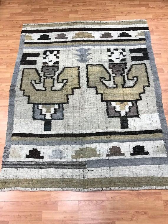 "4'8"" x 5'9"" Native American Navajo Rug - 1960s - Hand Made - 100% Wool"