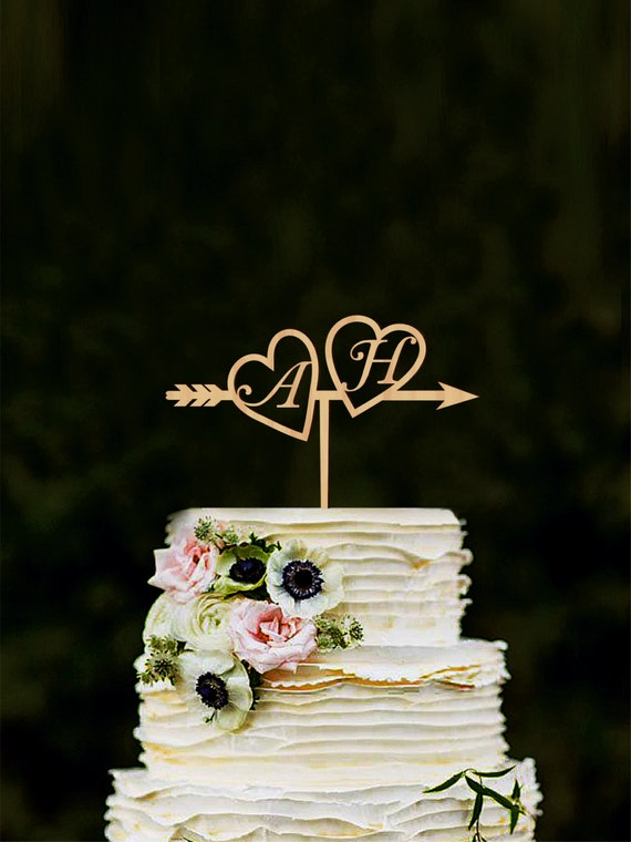 wedding cake toppers etsy custom arrow cake topper with initials wedding cake 8824