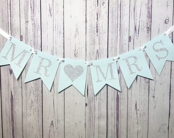MR & MRS Wedding Banner, Mr and Mrs Sign, Engagement Photo Prop, Bridal Shower Decor, Reception Decoration, Wedding Sign, Wedding Backdrop