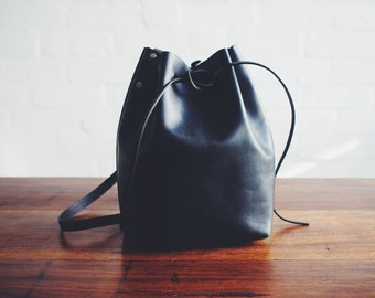 Minimalist Leather Bucket Bag Handmade in Melbourne