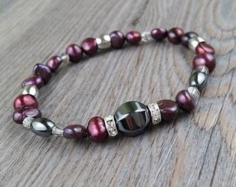 Freshwater pearls bracelet fushia, crystals rings, hematite stones