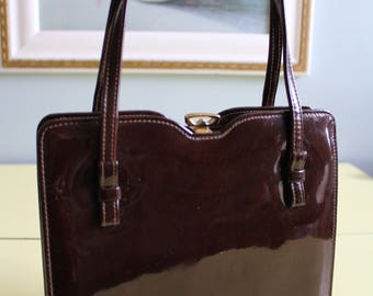 Gorgeous Vintage High Shine 50's/60's Chocolate Brown Patent Handbag.