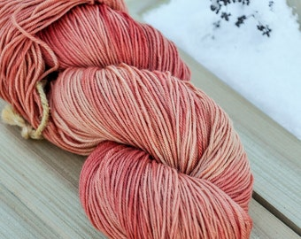 Plant dyed merino superwash sock wool, madder root, rubia tinctorum, 4-ply, 100g