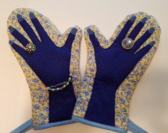 Hot Mitt, Hot Pad, Kitchen Mitt, Kitchen Glove, Oven Glove, Handmade Blue Kitchen Mitt, Decorated Kitchen Mitt, Glamour Oven Mitt, Blue Mitt