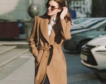 Slim fit camel coat / wool spring coat