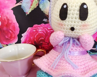 Alice in wonderland oyster, oyster baby, baby oyster, curious oyster, crochet baby oyster, amigurumi baby oyster