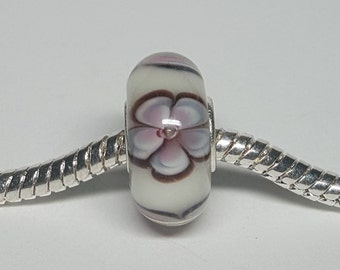 Light Purple Flowers Glass Bead for European Bracelets (item B078)