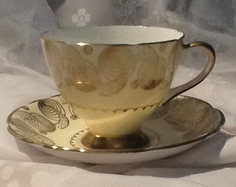 Art Deco Teacup with Gold Design