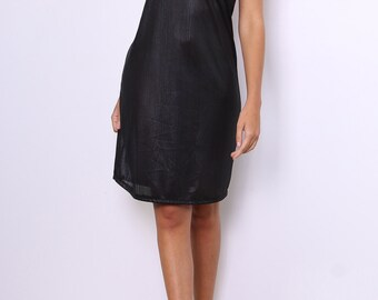 Way thin straps Nightie and iridescent material dress