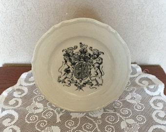 Vintage 1978 Mayer China Plate with Dieu et Mon Droit Royal Crest