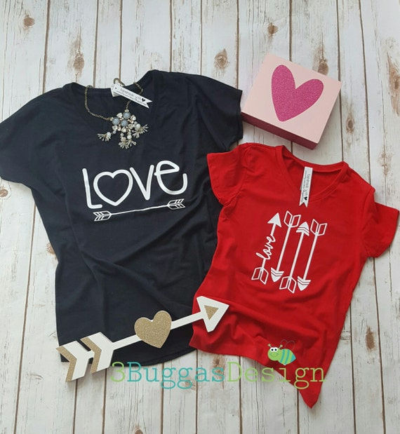 Love arrows shirt/mommy and me outfit/mommy to be/mother daughter matching/love/mom boss shirt/mini boss shirt/mama bear shirt/newborn gift
