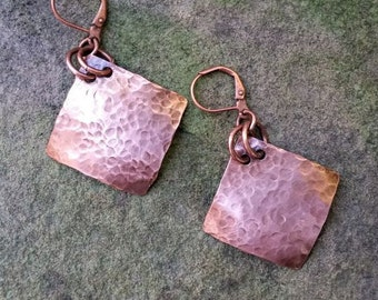 Hammered Copper Dangle Earrings// Gifts for Her// Rustic Dangles// Drop Earrings// Copper Dangles//Hammered Drop Earrings//Dangles and Drops