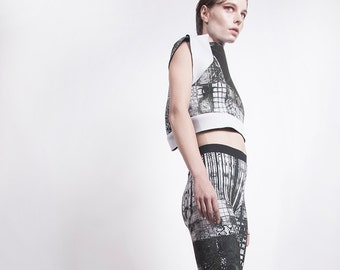 Lycra Leggings with black and white print
