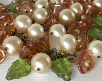 Vintage Czech Glass Beaded Flower and Leaf Faux Pearl Neckace