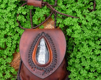 bag in leather plant - belt bag tinted to the husk - fossil of the Morocco