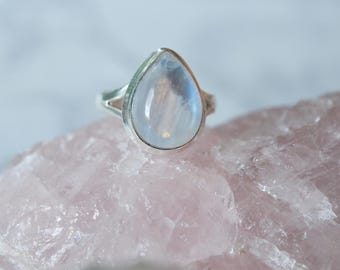 925 Solid Sterling Silver Rainbow Moonstone Ring-Size 6