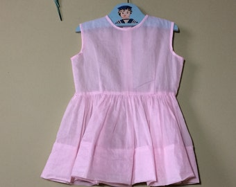 Girls vintage dress. Vintage baby dress. Childs vintage. 1950s dress. Pink dress. chiffon girls dress. Approximately age 3 years