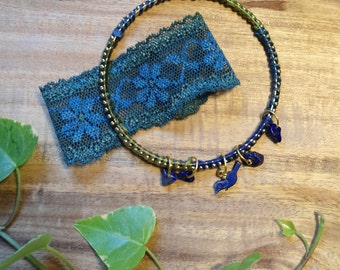 """Bracelet and strap """"Pond witch"""" set with lapis lazuli and lace"""