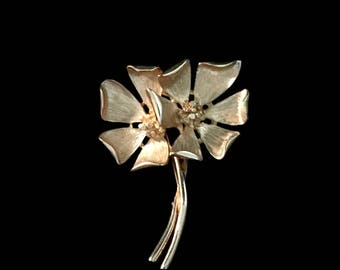 60's Double Flower Brooch             GJ2563