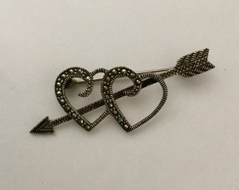 925 Sterling Silver Cupids Arrow Double Heart Marcasite Vintage Pin Brooch