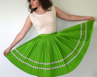 Springy Step Skirt   vintage 60's apple green pleated circle skirt   floral detail   small