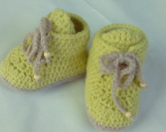 Bootie ankle-boot green lime and beige fabric in crochet for baby
