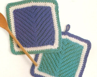 Vintage Tricolor Pot Holder Crochet Pattern
