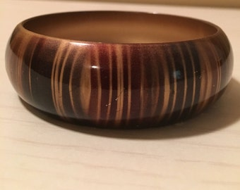 Earth Tone Colors Bangle Bracelet - muted stripes of bronze, black and muted reddish brown - plastic