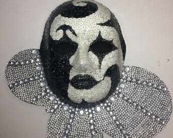 Harlequin Wall Mask