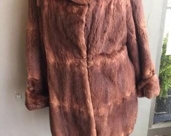 Beautiful vintage womens ladies winter fur coat 1950's