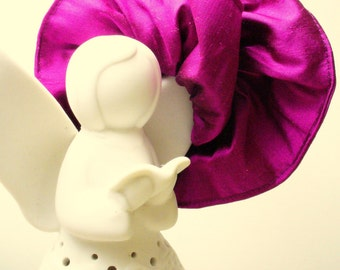 Scrunchie Pure 100% Dupioni Silk in FUSHIA. Larger width, bigger Scrunchie, beautiful and effective. Wear anywhere