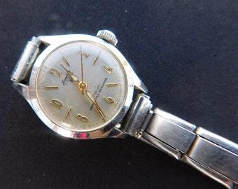 Ladies Vintage Watch Antique Landan Watch 17 Jewels Incabloc Unbreakable Mainspring