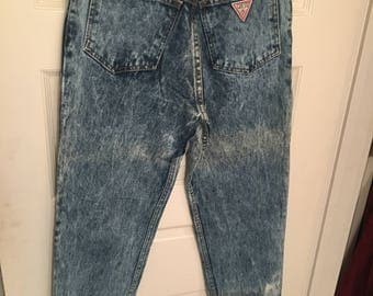 Guess Mom Jeans High Waisted Size 29 (US Small) Dimensions in description
