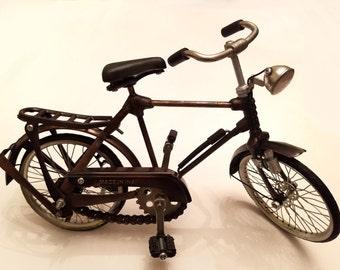 Vintage Handmade Bicycle Figurine - Home Decor - Detailed Miniature - Artisanal Product