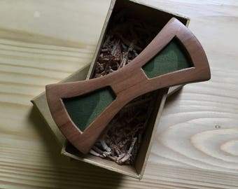 Wooden Bow Tie with Camo Detail