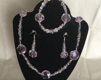 11: Necklace, Bracelet, Earrings Set