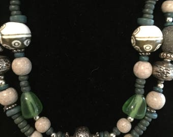 Double strand vintage necklace
