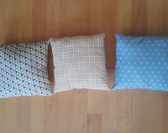 Chounn 25 x 25 cm square cushion