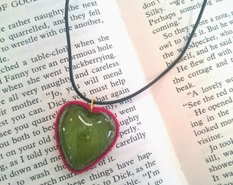Leaf heart necklace