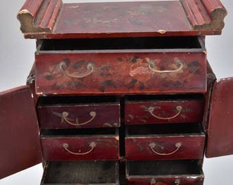 beautiful hand made chinese cabinet with pomme granate decoration 47x30x16 cm