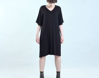 black tunic with wide sleeves, fine jersey, oversize, loose cut