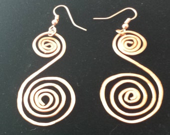 Double spiral earrings in copper
